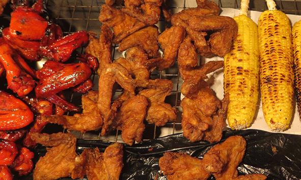 El pollo frito siempre mejor en la calle