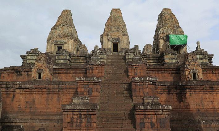 El templo de Pre Rup en plena reforma