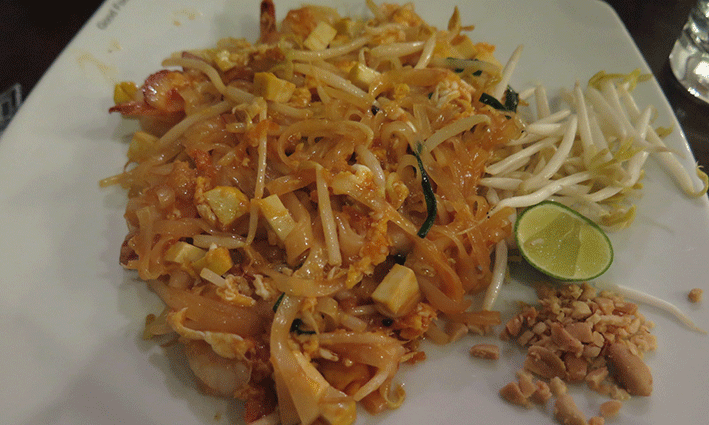 pad_thai_black_canyon_coffee